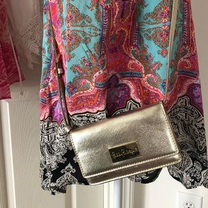 Lilly Pulitzer gold cross body bag guc
